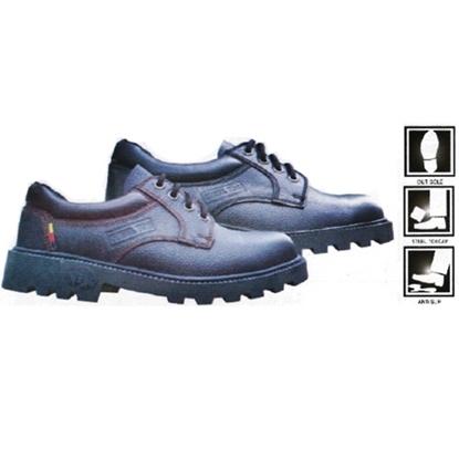 รูปภาพของ รองเท้าหุ้มส้น ผูกเชือก พื้นรองเท้าพีวีซี ยี่ห้อ STUTTGART รุ่น SF-004