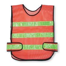 รูปภาพของ เสื้อจราจร แถบสะท้อนแสง 3 เส้น สีส้มแถบเหลือง A-TAP รุ่น US010