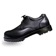 รูปภาพของ รองเท้าเซฟตี้หุ้มส้น หนัง PVC แบบผูกเชือก A-TAP รุ่น V-01 Size 39 สีดำ