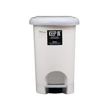 รูปภาพของ ถังขยะกลมขาเหยียบ KEEP IN RW9263(10 ลิตร) สีครีมฝาเทา